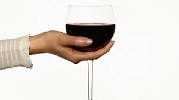 300-alcohol-moderation-women-age-better