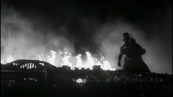 a Ishirí´ Honda Gojira Godzilla DVD Review PDVD_016