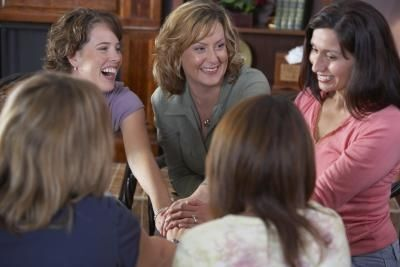 article-new_ehow_images_a08_00_o9_womens-church-group-ideas-800x800