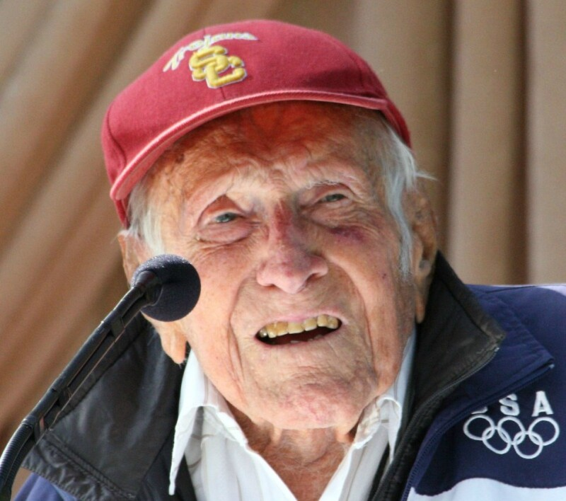 Louis_Zamperini_at_announcement_of_2015_Tournament_of_Roses_Grand_Marshal