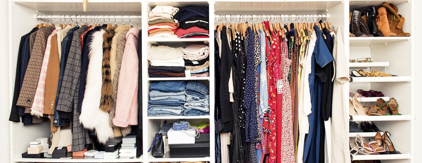 photo_of_well_organized_closet_TRU2403853_1540