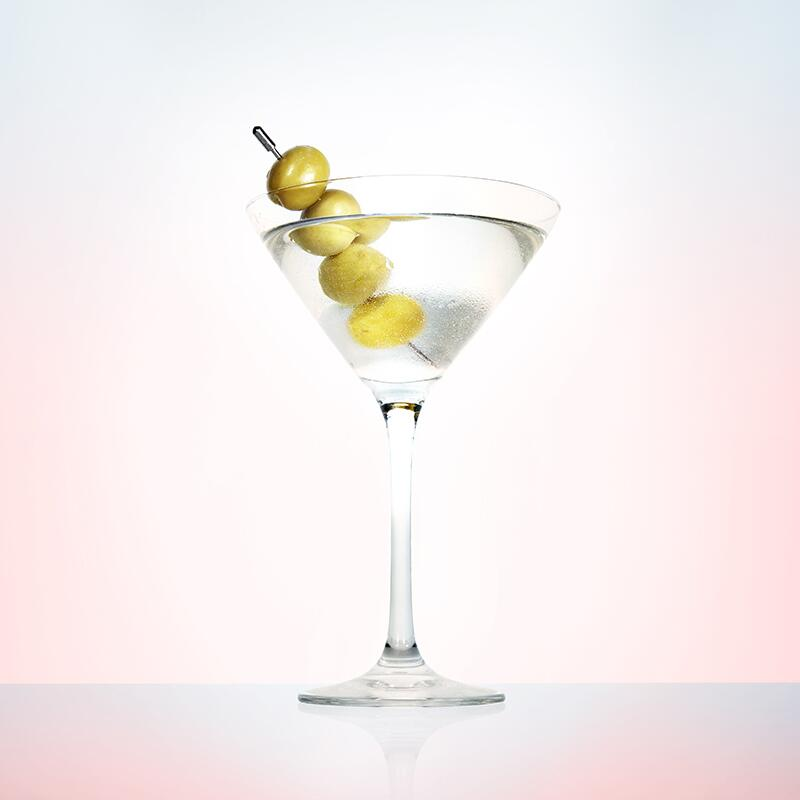 Summer_Cocktails_to_Make_at_home_20GF1505_6629_martini_R1_800.jpg
