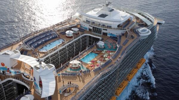 Vista aérea del crucero Oasis of the Seas