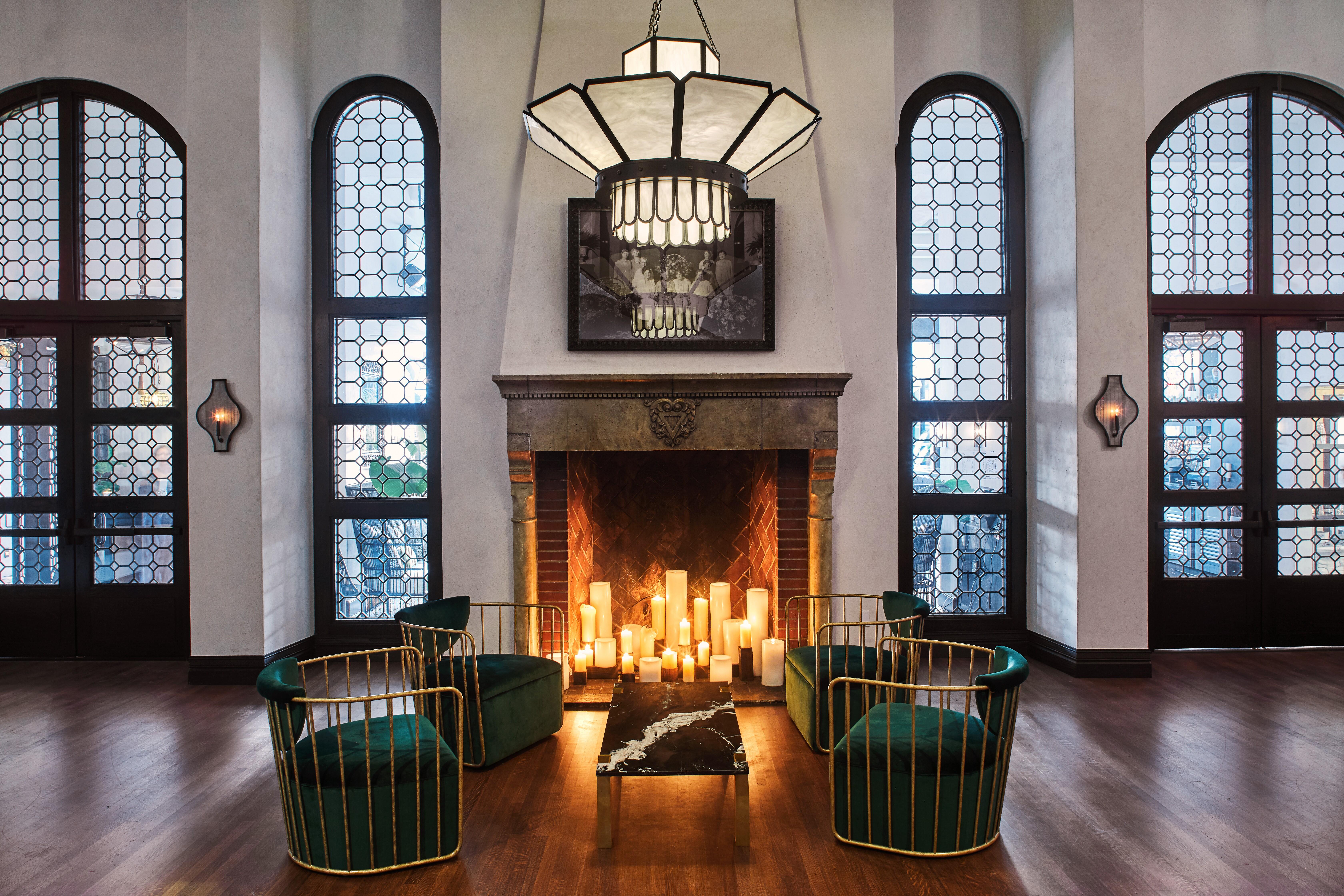 Gran Sala - historic fireplace