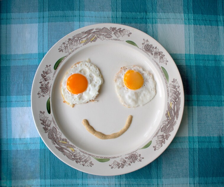 Fried eggs face