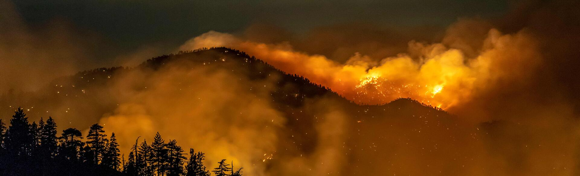 image_of_wildfires_in_california_GettyImages-1228573888_1800