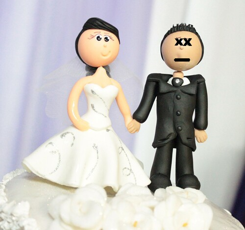 wedding-cake-toppers-dead