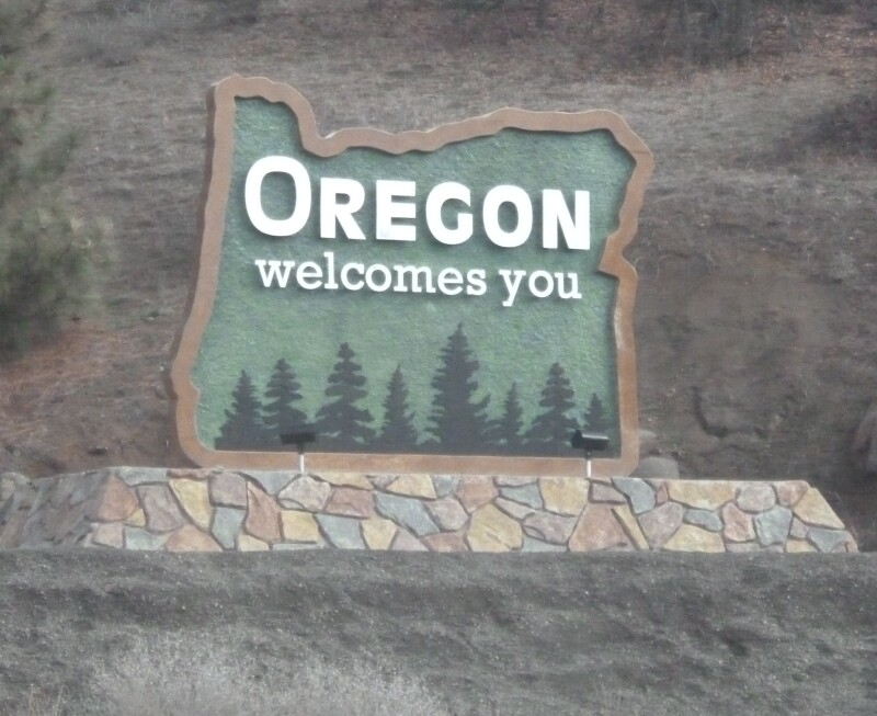 Welcome_to_Oregon_sign