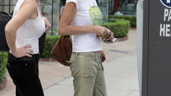 sharon_stone_white_tee_green_c