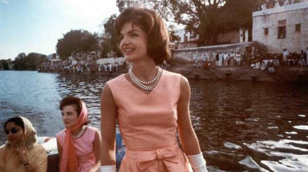 Jackie Kennedy, 1962, India