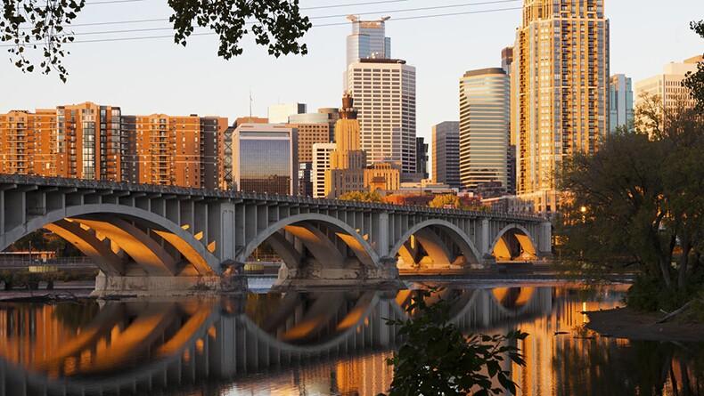 Skyline view of Minneapolis, Minnesota