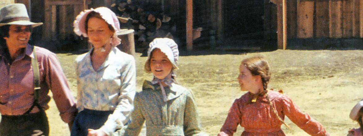LITTLE HOUSE ON THE PRAIRIE NBC Western TV series with from left: Michael Landon, Karen Grassie, Melissa Sue Anderson, Melissa Gilbert, Lindsey Greenbush