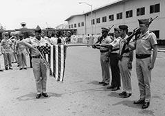240-vietnam-war-era-conflict-troops-annivesary-flag[2]