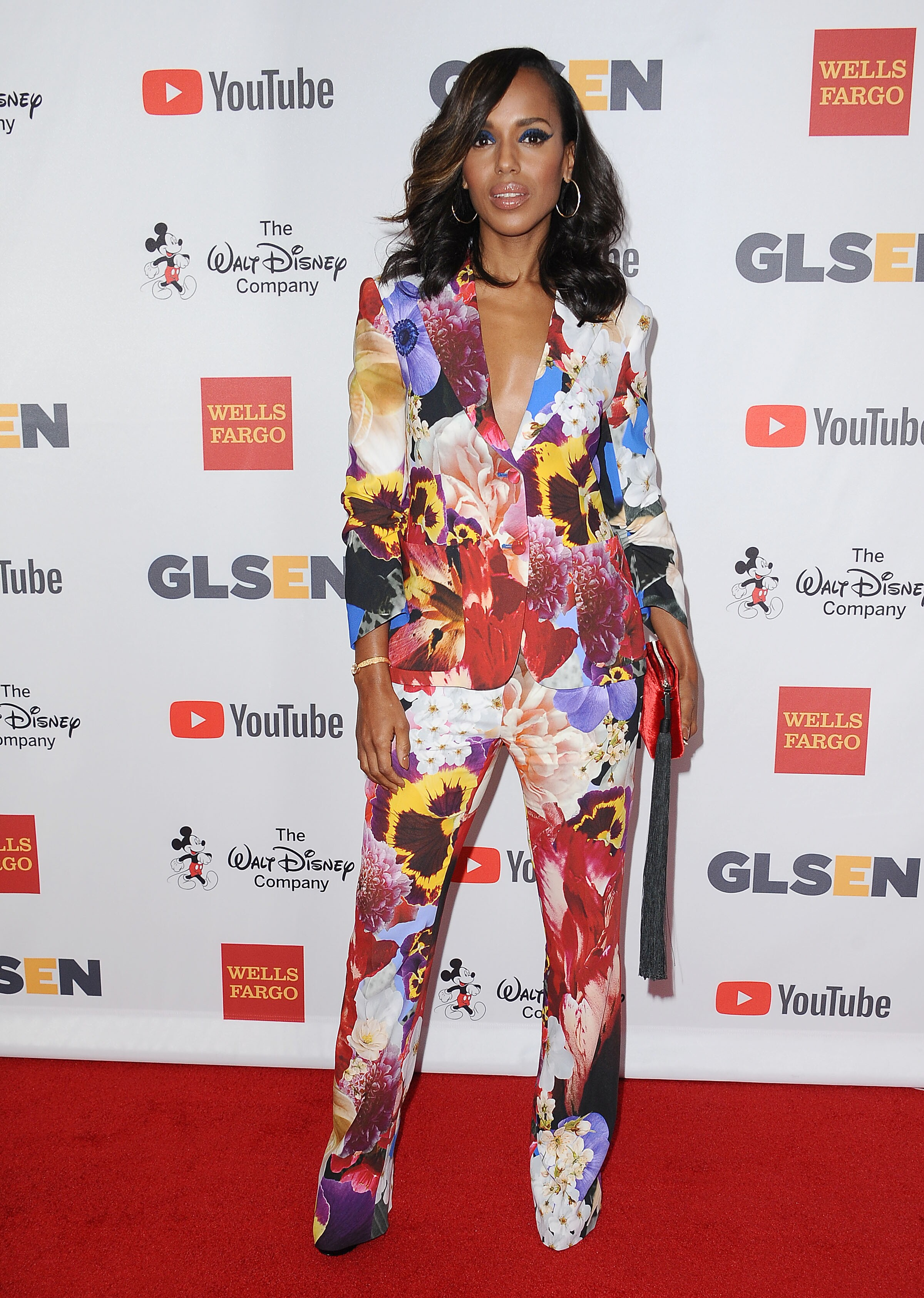aarp, sisters, kerry washington