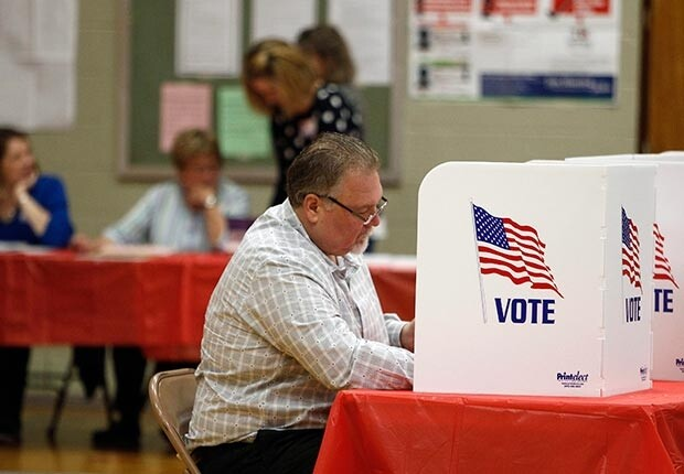 620-voters-cast-their-ballots-kent-ohio