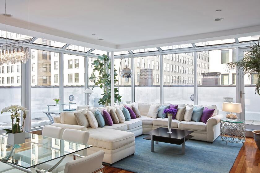 Marie_Burgos_Design_marie.burgos.design.portfolio.interiors.living.room.1501116046.5780768.jpg