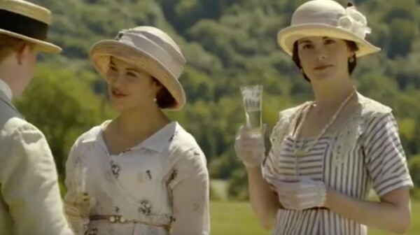 Downton fashion