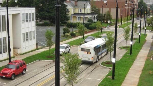 CS w bus two lane