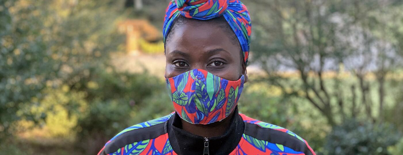 image_of_woman_in_face_mask_and_mathcing_head_wrap_and_jacket_IMG_7041_1800.jpg