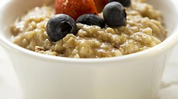 Porridge with berries (1)