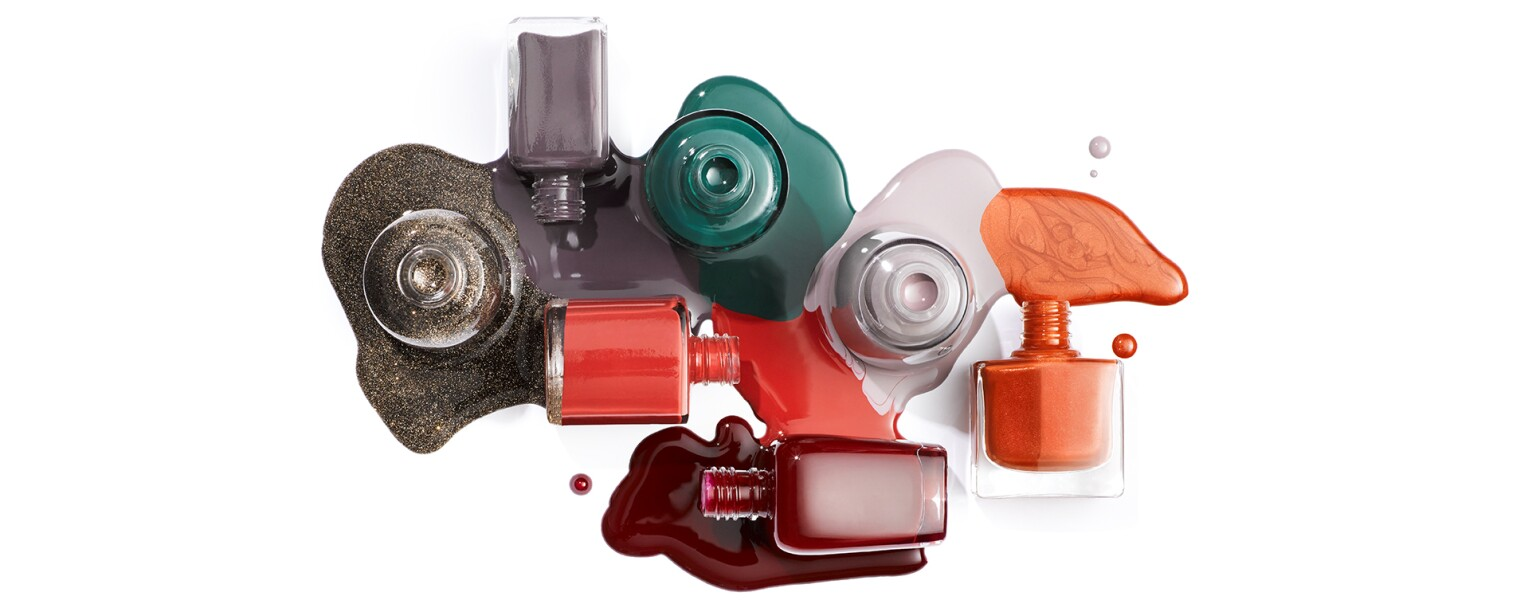 NailPolish_spilled_white_background_TLP-CLBE-2020_1540