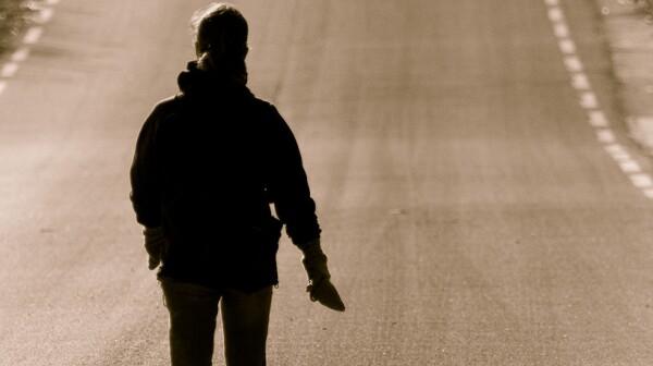walking down street - ryanopaz - flickr