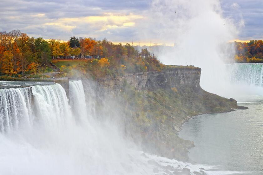 Cliff of American Falls of Niagara Falls