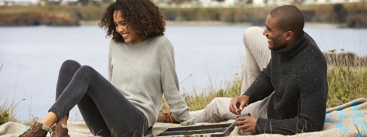 couple on picnic outside in the fall