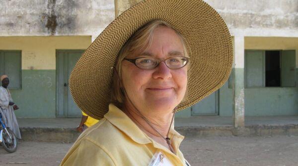 Volunteer Patrice Putnam