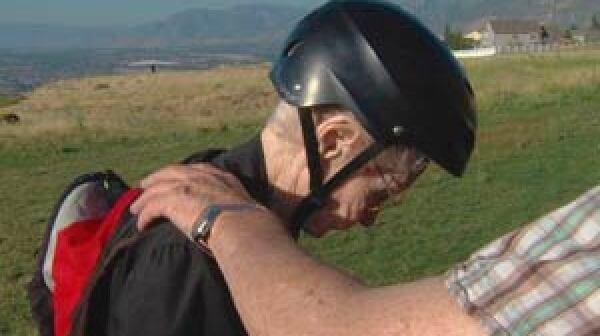 300-paraglide-grandmother-helmet