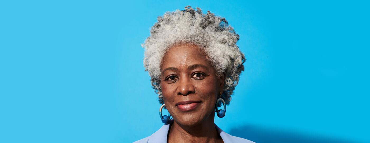 image_of_gray_haired_woman_GrayHair_GettyImages-1281258659_1440x560.jpg