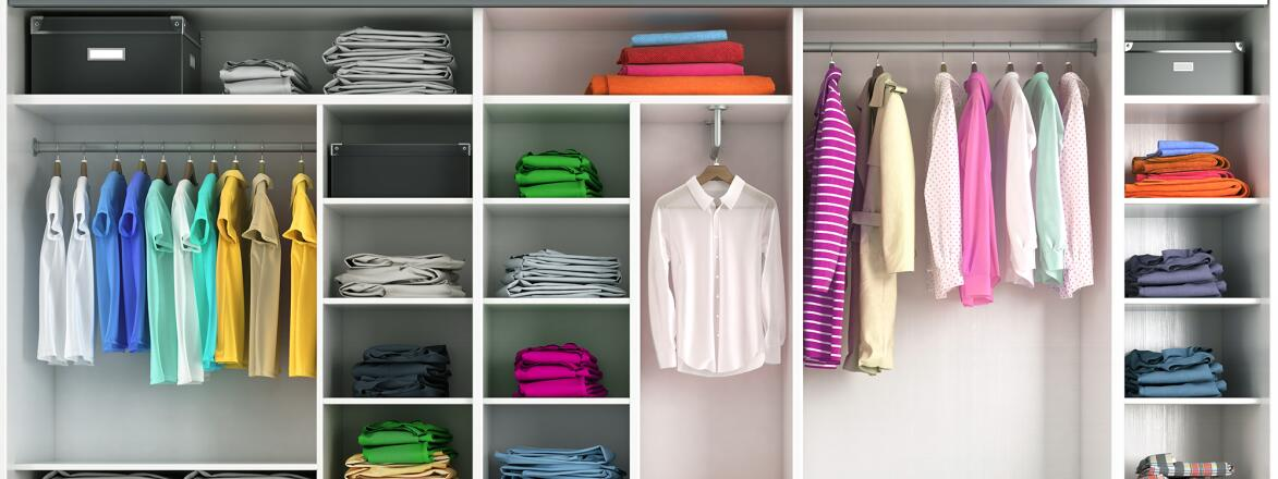 Dressing room with a well organized closet