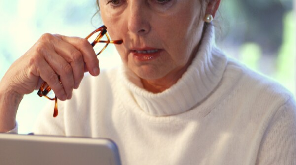 woman and computeriStock_000005058818Medium