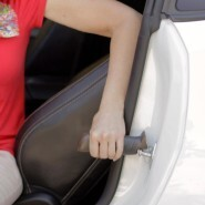 Portable grab bar for car