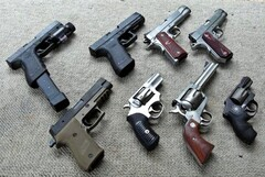 Handgun_collection_s