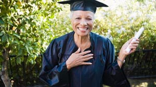 Older woman graduates from college