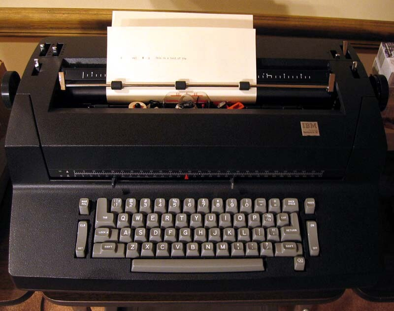 ibm_selectric_II_a