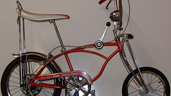 758px-Schwinn_StingRay_OrangeKrate_5speed_1968
